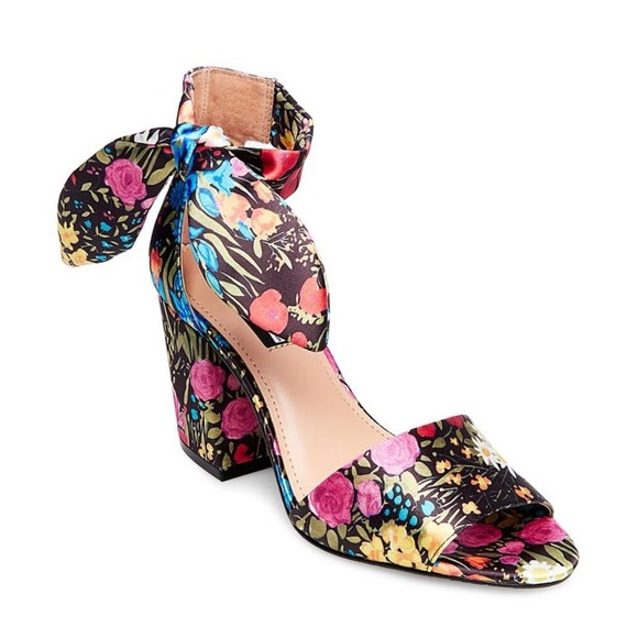 8726ce95665 Design Lab Lord   Taylor Shoes - Oni Floral Bow Ankle Strap Sandals